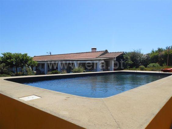 Quinta com 8250 m2 e moradia com 124 m2, incluindo 2 quartos, 1 casa de banho…