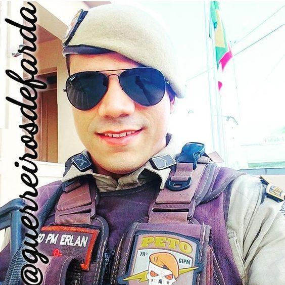 Policial Militar @eerlan38  @eerlan38  @eerlan38  #policialmilitar #police #pm #servireproteger #policiamilitar #papamike #brasil #qap #pmmg #militar #homensnapolicia #policiacomunitaria #policiadopovo #militares #forçaehonra #policiaminhavida #orgulhomilitar #190 #polícia #cop #military #sheriff #policeofficer #justice #caveira #policial #facanacaveira #guerreirosdefarda #herois #prepmare by guerreirosdefarda
