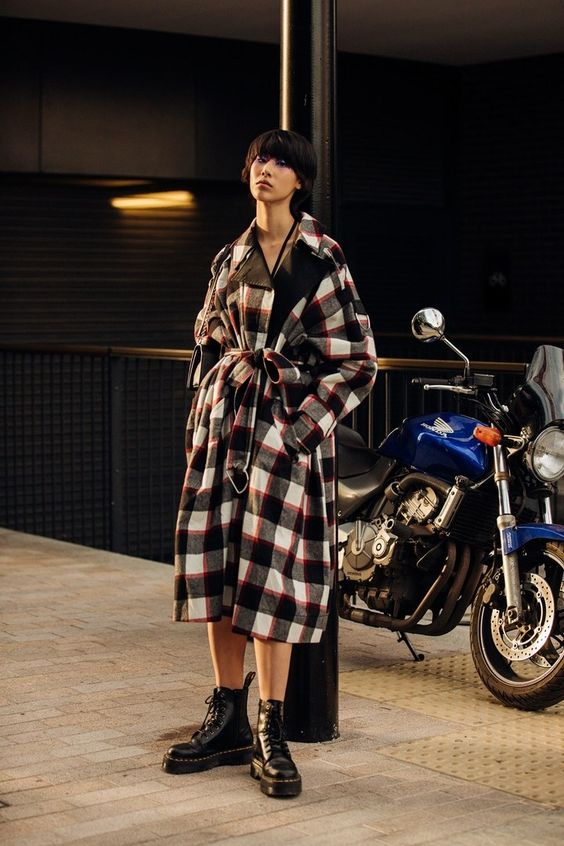 Anfibi moda Autunno Inverno 2019: modelli e outfit da copiare