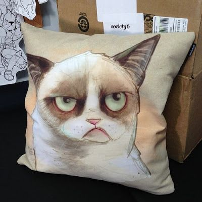 Grumpy cat. I am destined to meet you.