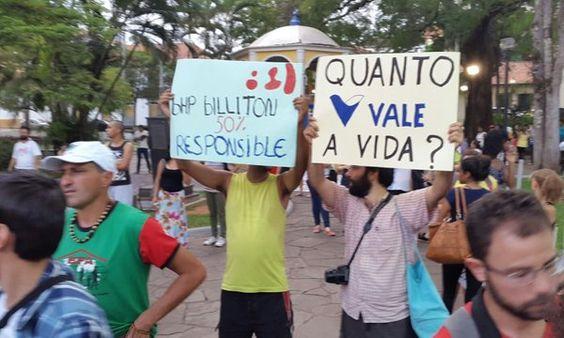 Estado de Minas @em_com  31 minHá 31 minutos Manifestantes ocupam praça de Mariana e farão caminhada até o Centro Histórico http://goo.gl/cOAUOW