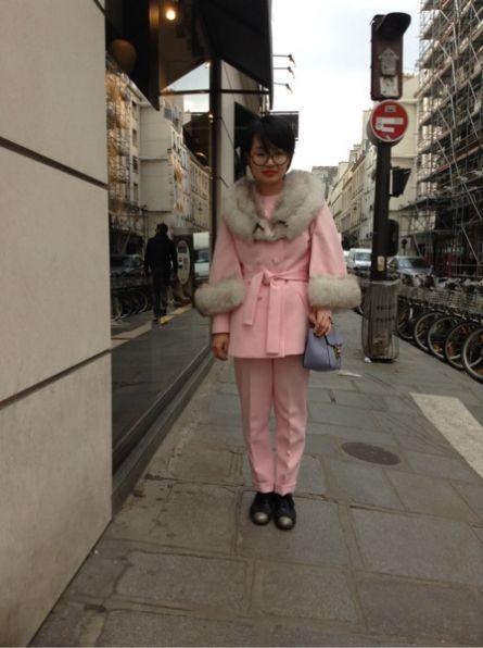 # VINTAGE # Veste - # VINTAGE # Pantalon -  CHLOE Sacs, sacoches -  COS Chaussures divers #women #mode #look #streetstyle http://www.moodlook.com/look/2014-03-24-france-angers-4