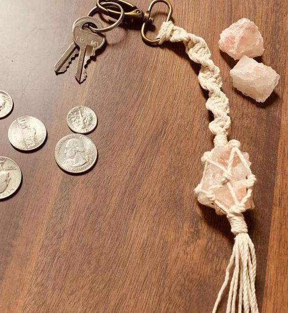 Pink Himalayan salt charm keychain, Purse charm, key accessories  #DMDesignworks #Crystal #YogiGift #CrystalKeyChain #GiftForMom #ChunkyKeyChain #GiftForHer #ValentinesDayGift #KeyAccessiories #natural