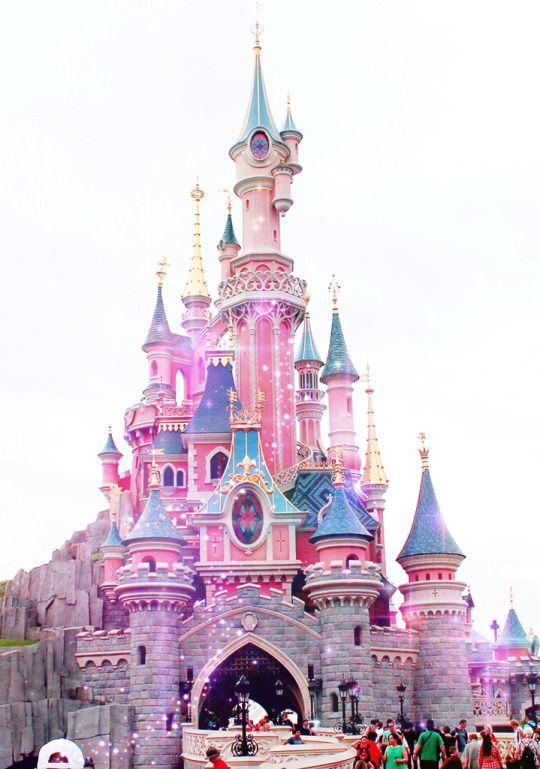 パリのお城