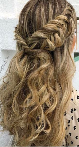 Hairstyles For The Everyday Girl Braids Buns And Twists Step By Step Tutorials Pinterest Best Hair An Homecoming Hairstyles Hair Styles Fishtail Hairstyles