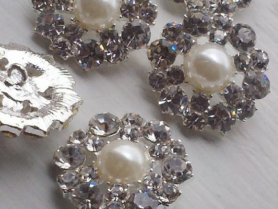 10 Pieces 21 mm Silver Metal Buttopns With Rhinestone by zzlaca