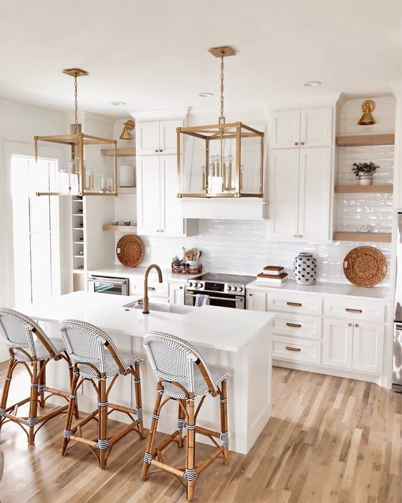Gorgeous Coastal White Kitchen Decorated With Blue Accents Click
