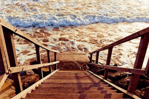 Imagen vía We Heart It #art #artistic #beach #creative #indie #nature #ocean #pale #sea #summer #tumblr