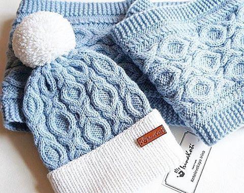 В НАЛИЧИИ комплект шапочка и шарф из мягкой п/шерсти (зима/осень) ,помпон…:
