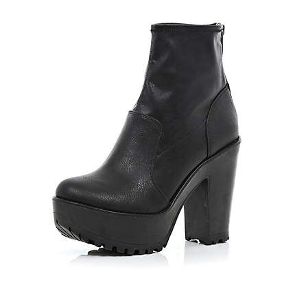 Black cleated sole platform boots - ankle boots - shoes / boots