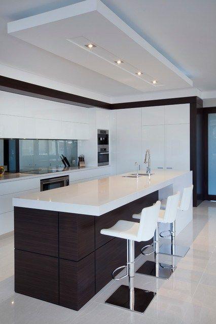 Ilha de gesso na cozinha