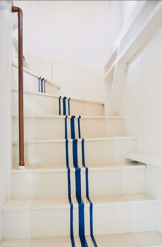 Painted-Stairs.-DIY-Painted-Stairs-Steps.-DIYProjects-PaintedStaircase-Staircase-