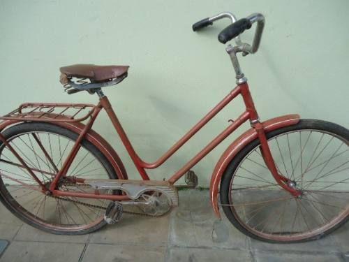 Antiga bicicleta Caloi Poti ?? anos 50?