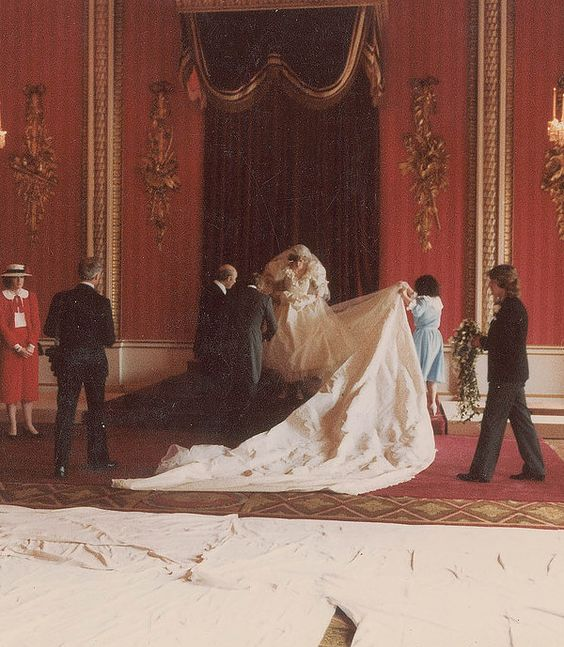 Never-Before-Seen Photos From Charles And Diana's Wedding