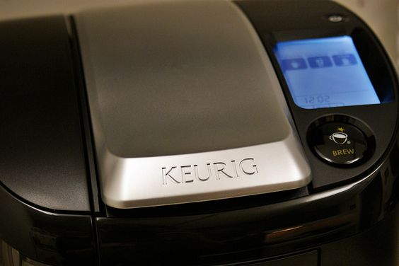 Keurig Coffee Maker Says Descale : How to Drain Water Out of the Keurig Coffee Pot Keurig, Pots and Coffee