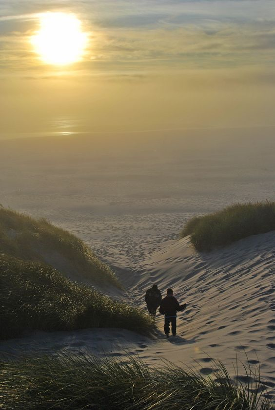 Nehalem Bay State Park Sunset  http://www.namasteplanet.com/camping-at-nehalem-bay-state-park-the-sunset-part-iii/ #travel #Oregon #USA #camping #kids #vacation #getaway #behappy #children #family #sunset