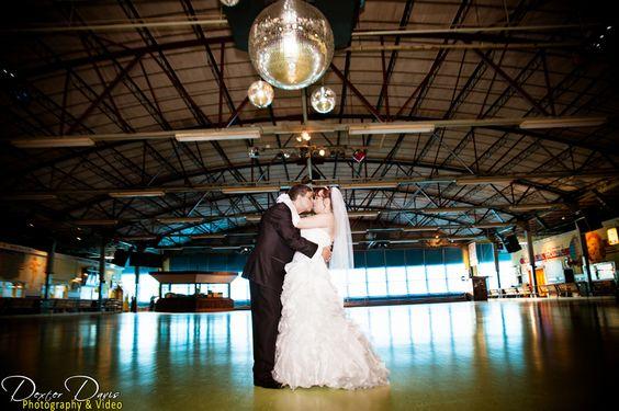 Wedding pics at Guptials in Guilderland