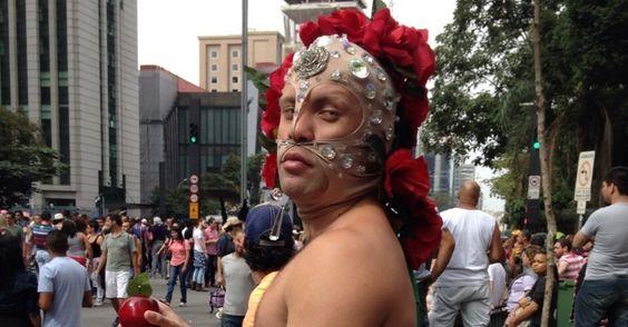 Parada Gay de São Paulo reúne cerca de 20 mil pessoas, diz PM - Notícias - Cotidiano