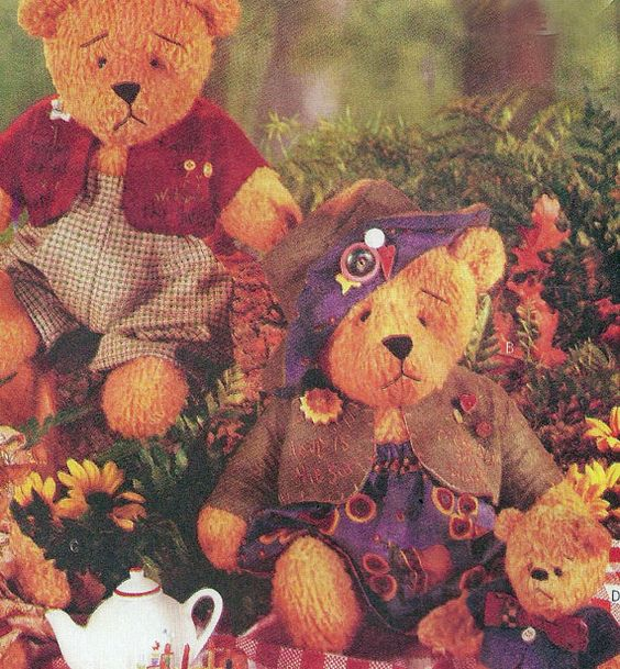 Beardeaux Bears Mother Father Baby Plush Stuffed Animals Craft Pattern by TheOldLeaf, $8.95 #StuffedAnimals