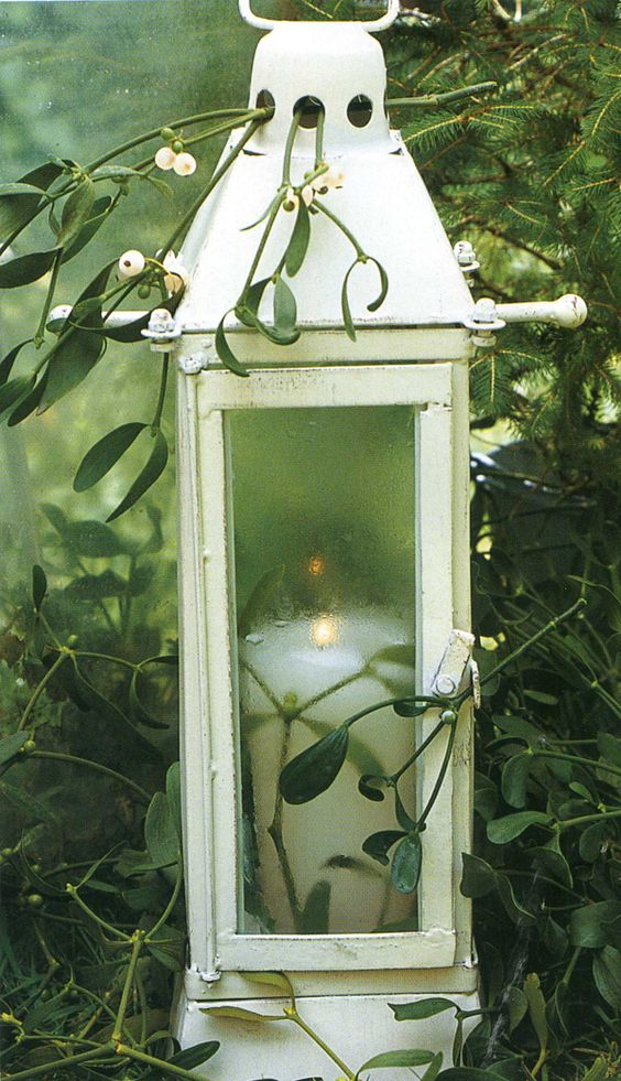 lanterns garden decorations and candle lanterns on pinterest