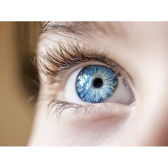 Light Blue (Eyedrops)