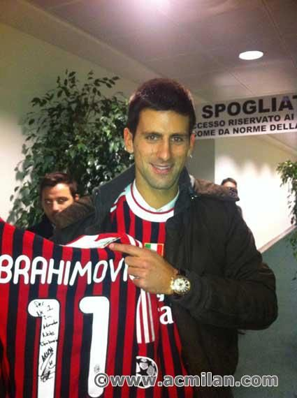 The #1 tennis player in the world Novak Djokovic is a huge supporter of AC Milan, just like myself
