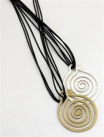 #collana #necklace #Halskette #collier #barcelona #fabricadetomate #borne #tienda #accesorios