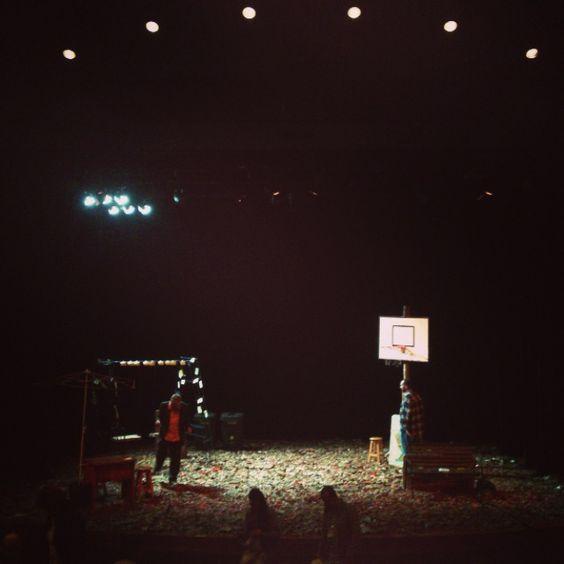AQUÍ VA A PASAR ALGO.  Zanguango Teatro - España.