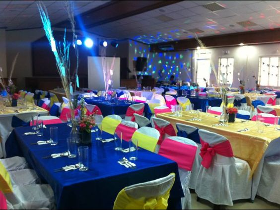 FamHouse Catering Blue, yellow & pink party