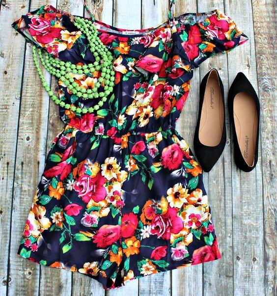 Rogers Location! Call 479-899-6434 to order! #floralromper #romper #summerlooks #trendy #ballerinaflat #xoxoBelle #7layernecklace