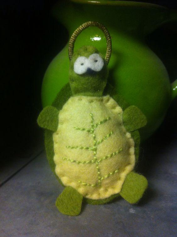 Felt Turtle. Handmade by Robinson&Co