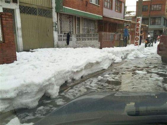 Granizada barrios La Fragua, Santa Isabel, Restrepo. Marzo 2015
