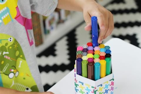 Teaching Kids How To Clean Up Art Supplies Marker Clean Up Kids Art Supplies Kids Craft Supplies Arts And Crafts Kits