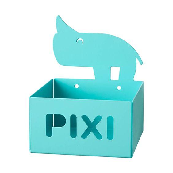 """Hier präsentieren wir Ihnen mit dem  Pixi-Regal """"Nozo""""  von  done by deer  aus Dänemarkdie tollste Idee seit Erfindung der gleichnamigen Büchlein, die hiermit endlich ganz praktisch aufbewahrt werden können. Das Mini-Regal..."""