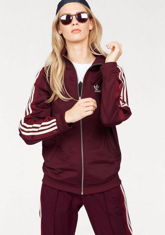 adidas Originals Trainingsjacke »ADIBREAK TT« für 79,99€. Trainingsjacke fon adidas Originals, Glatte, leicht glänzende Interlock-Ware bei OTTO