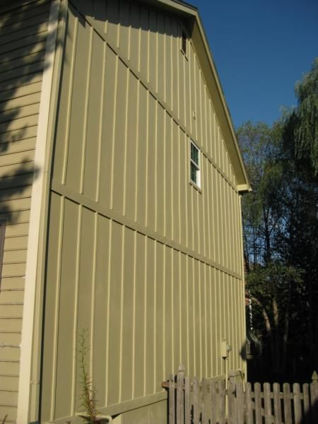 Reverse board batten siding google search siding for Lp smartside shakes coverage
