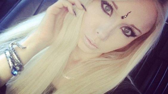 Valeria Lukyanova - Kein Vorbild: Die menschliche Barbie Valeria Lukyanova  #ValeriaLukyanova