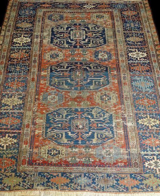 Soumak Ancien Azerbaidjan Caucase 122 Cm X 156 Cm Laine Sur Laine Xixeme Siecle Tapis Tapis Antiquaires Dessus De Lit