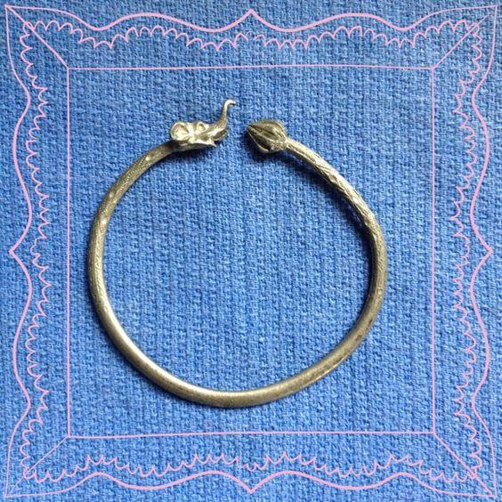ELEPHANT BRACELET Detailed and textured. Bangle style. Jewelry Bracelets