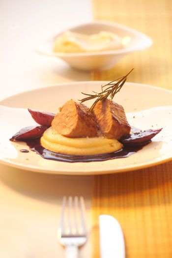 Schweinefilet mit Balsamicosauce und Polenta - Johann Lafer Rezepte - MSN Lifestyle
