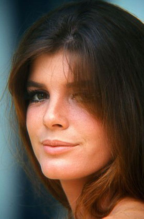 Katherine Ross, who played Elaine Robinson in The Graduate. She was also in Butch Cassidy & Sundance Kid.  She is so pretty.