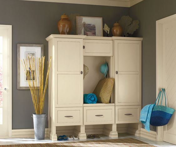 Prescott By Decora In Maple Wood, Shown In Color: Jasmine