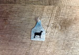 Blue and silver crackle ear tag pendant with black lamb silhouette. Comes with rhinestone pinch bail. Repin to be entered to win one of four $50 gift certificates during our Five Year Anniversary Celebration in July 2014.