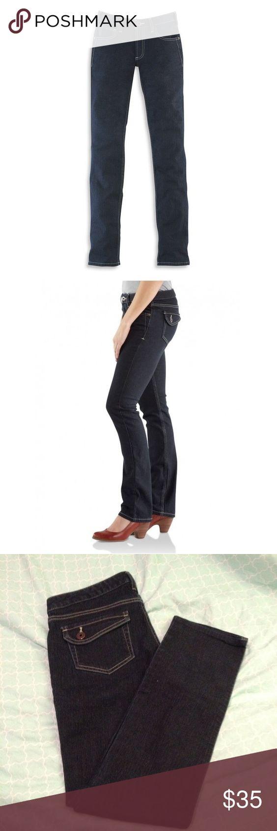 Carhartt Jeans Dark Wash modern fit carhartt jeans for women. Brand new never worn. Carhartt Jeans