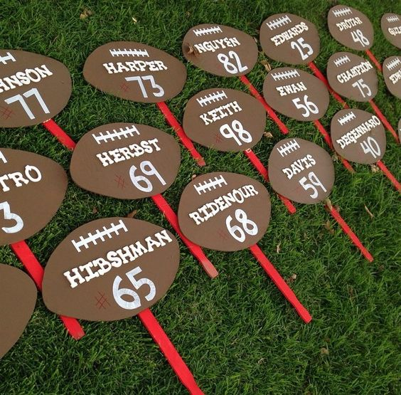 Football Yard Signs Football And Yards On Pinterest