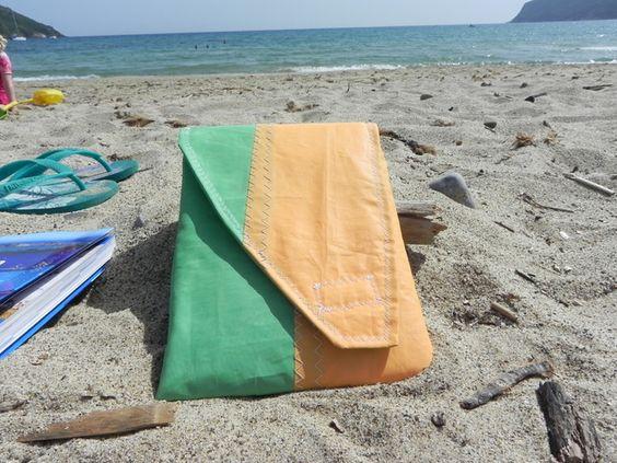 Surfsegel Upcycling Sommer Strand Tablettasche
