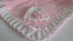 Manta de ganchillo afgana y sombrero luz rosa por HandmadeByHallien