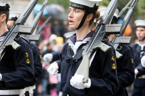 """Griechenland rüstet auf: """"Es gibt immer Geld für … Waffen"""""""