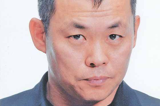 Kim Ki Duk es una de las figuras más importantes del cine independiente mundial. Tanto es así, que como a muchos otros grandes directores, el enorme reconocimiento a su original forma de hacer cine le ha perjudicado. Parece que en los últimos años se encuentre encerrado en sus propias normas, las cuales impiden que su …