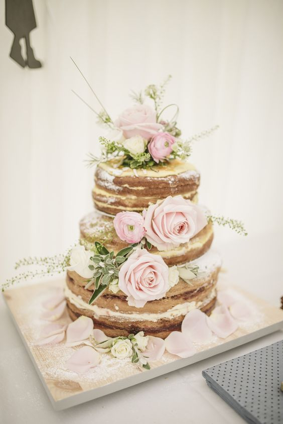Naked Sponge Wedding Cake Decorated with Pink Roses | A romantic English wedding | Newburgh Priory Wedding Venue in Yorkshire | Mismatched Bridesmaids | Groomsmen in Tweed | Images by Matt Ethan Photography | http://www.rockmywedding.co.uk/kate-kim/